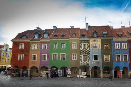 wielkopolska: Poznan, Poland - September 30, 2016: Old Market in Poznan with colorful townhouses  so called domki budnicze from mid-sixteenth century.