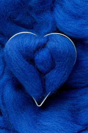 splendour: The blue wool heart on blue wool background