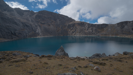 Everest s Eastern face scenery  and The lake of Tsoshutrima