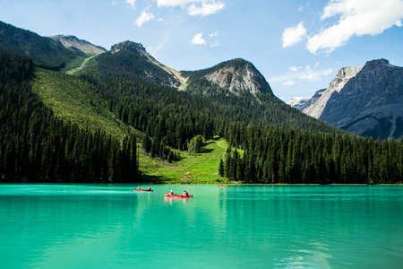 parque del lago esmeralda