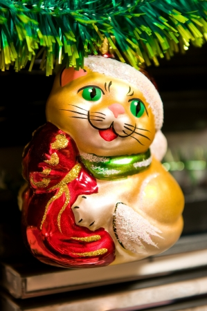 christmastree: Christmas-tree decorations  The cat