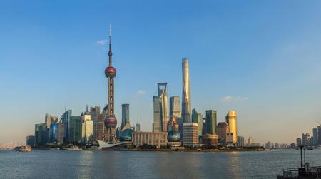 Shanghai Huangpu River Bund and Lujiazui Landscape 新聞圖片