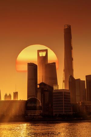 Shanghai Lupu River Bund Lujiazui Building Landscape 版權商用圖片 - 124413197