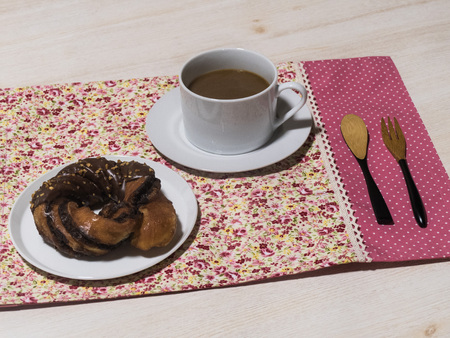 repose: Coffee and donuts