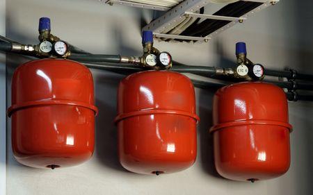 cilinder: rosso esteso serbatoio