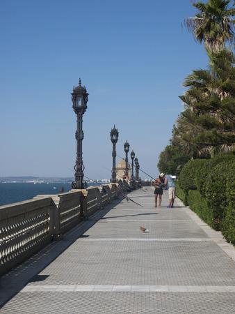 paseo: Paseo de Carlos III, Cadiz, Spain