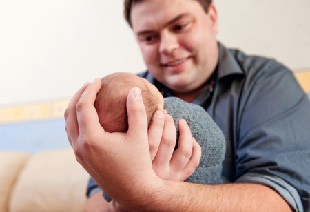 newborn boy with parents 스톡 콘텐츠