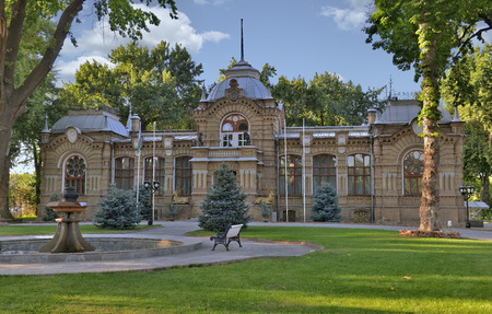 The Palace of the Romanovs in Tashkent was built in 1891 by architects VS Getselman and AL Benua for the Grand Duke, who was banished to exile on the outskirts of the Empire, in Turkestan. Фото со стока - 62936072