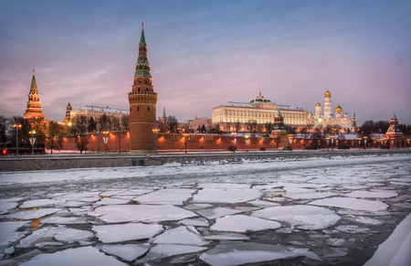 Ice floes on the Moscow River at the Kremlin in the evening Stock Photo