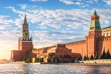 spasskaya: Morning of the Spasskaya tower on Red Square in Moscow