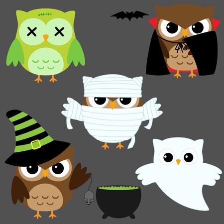 sowa: Zestaw owls cute wektorowych w kostiumach Halloween Ilustracja