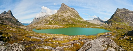 Beautiful landscape with mountain lake in Norway Stock Photo - 13291792