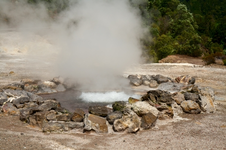 Fumarole thermal springs on the island of Sao Miguel, Azores 免版税图像