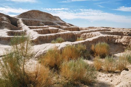 Walls of ancient fortress Toprak-Kala (Toprak Qala) in Kyzylkum desert, Karakalpakstan, Uzbekistan, Central Asia Stok Fotoğraf