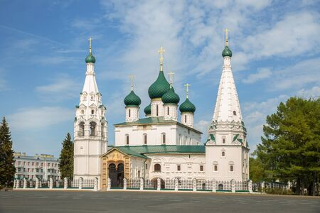 Church of Elijah the Prophet was built in middle of 17th century - main symbol of Yaroslavl. Golden ring of Russia 写真素材