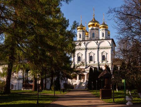 Joseph-Volokolamsk Monastery, the main temple of the monastery Assumption (Dormition) Cathedral. Teryaevo village, Moscow region, Russia 免版税图像