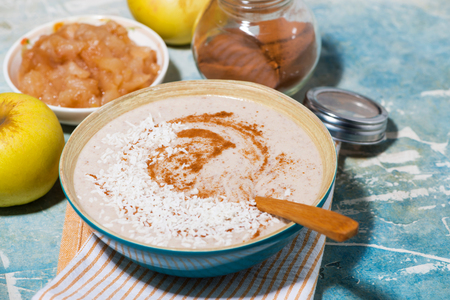 Healthy linen porridge with apple and cinnamon, horizontal