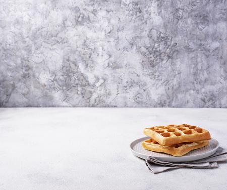 Waffles with strawberries and banana 版權商用圖片