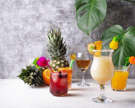 Set of different summer cocktails Zdjęcie Seryjne - 129267684