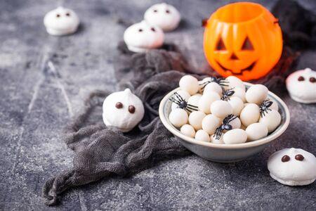 Creative Halloween treat spider eggs