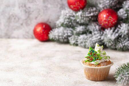 Christmas festive cupcake with cream Zdjęcie Seryjne