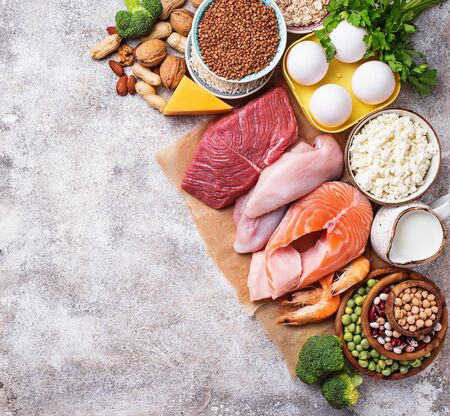 Healthy food high in protein. Meat, fish, dairy products, nuts and beans. Top view 写真素材 - 129758417