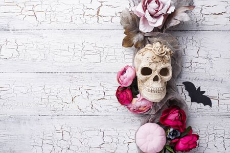 Halloween creative decor with skull Stockfoto