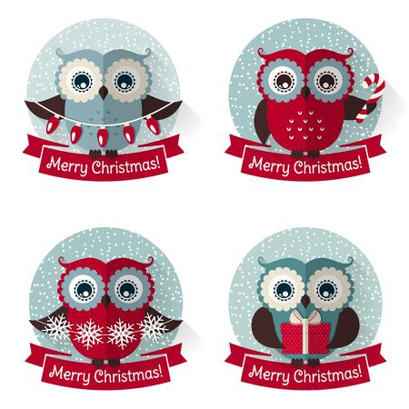 メリークリスマス!かわいいフクロウとリボンとラベルのセット。白い背景で隔離のデザイン要素のコレクションです。フラット スタイル。ベクト