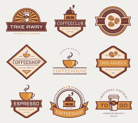 Modelos de la insignia del café. Conjunto de etiquetas para la cafetería o un café. Logotipos aislado sobre fondo blanco. Colección de vector.