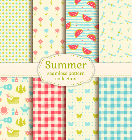 Seamless patterns with checkered blanket, watermelons, butterflies, flowers, dragonflies and picnic symbols. Outdoor recreation, summer vacation and barbecue themes. Vector background collection. Standard-Bild - 102138426