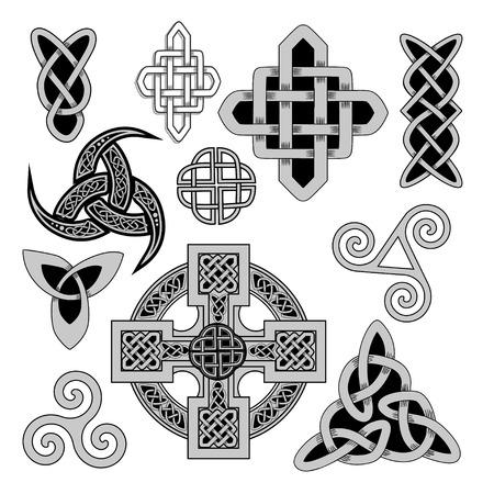 nudo: conjunto de s�mbolos paganos escandinavos antiguos sagrados y ornamentos - cruz celta, nudo, un s�mbolo de los druidas, Triskele, cuerno de Odin Vectores