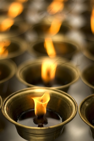 sincere: close up zoom of oil lamp arranged in patterns