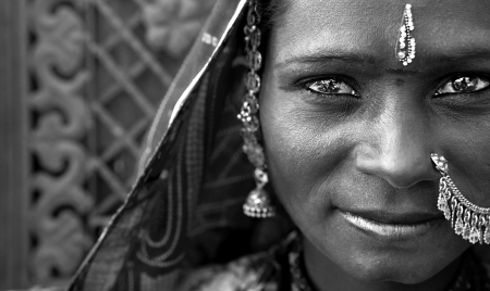 poverty india: Portrait of a India Rajasthani woman black and white