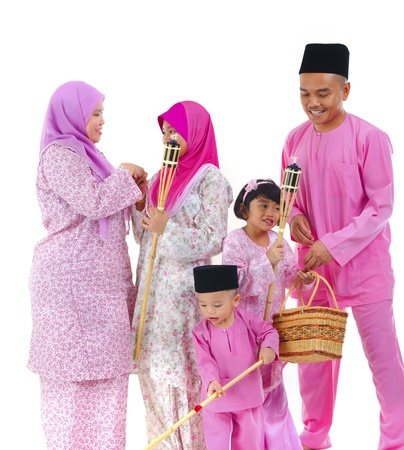 hari raya: malay raya family