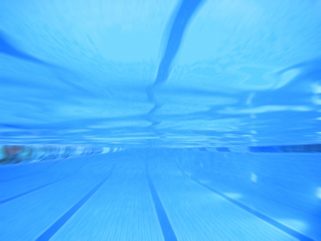 profundity: swimming pool zoom focus