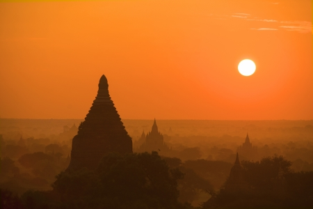 ancients: ancients temples in bagan during a beautiful sunrise Stock Photo