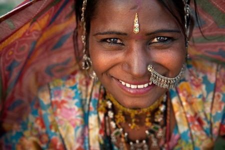 sari: Retrato de una mujer India Rajasthani Foto de archivo