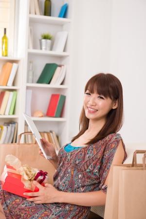 Chinese female online shopping Stock Photo - 16790846