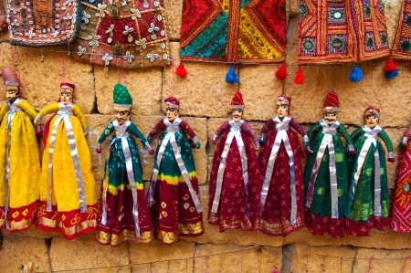 títere: recuerdos para turistas muñecos marionetas indias de Jaisalmer, Rajasthan, India