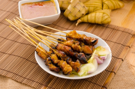 hari raya: satay , traditional roasted kebab meat skewers  Stock Photo