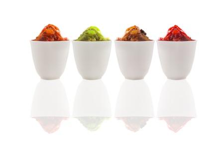 south east asian: sambal tradicional oriental asi�tica caliente de pasta de curry de gambas, al sur en varios colores