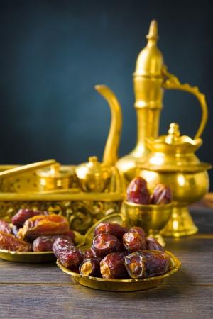 ラマダン食品としても知られている kurma、手のひら