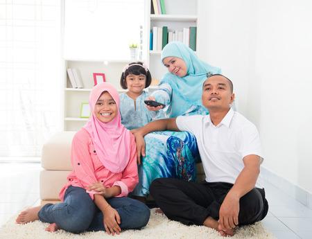maleis familie tv genieten van quality time