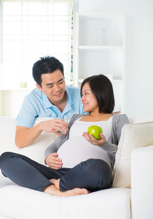 pregnancy and healthy eating and drinking   Stok Fotoğraf