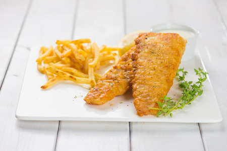 fish: Fish and chips. Foto de archivo