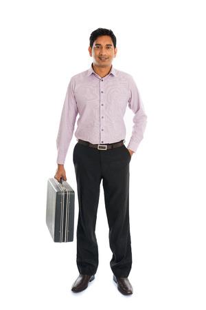 maletas de viaje: Hombres de negocios indio con la maleta Foto de archivo
