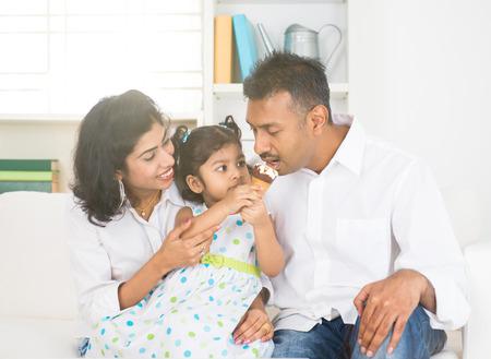 india food: indian family enjoying ice cream