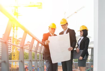 asian business man: asian Construction personnel