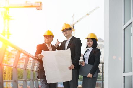 アジアの構築担当者