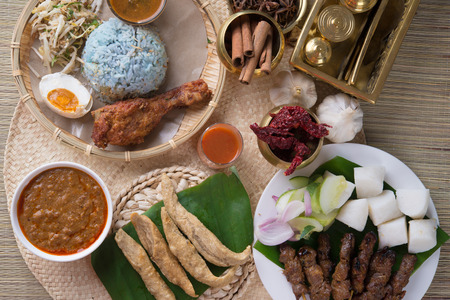 Keropok Lekor是一种马来西亚食物,是一种特别受欢迎的小吃,特别是在马来西亚半岛的东海岸。